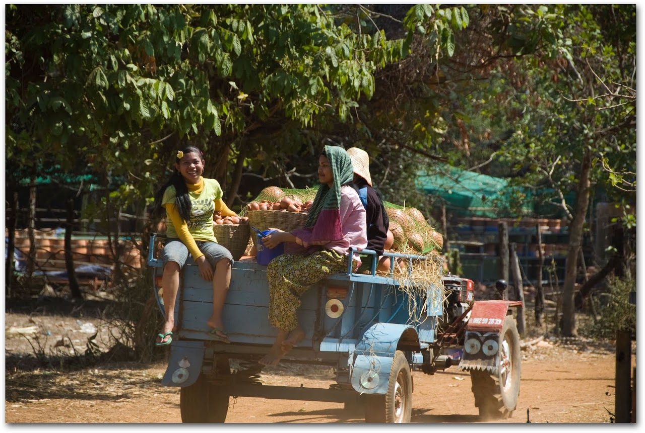 Women on cart in Kompong Chhnang