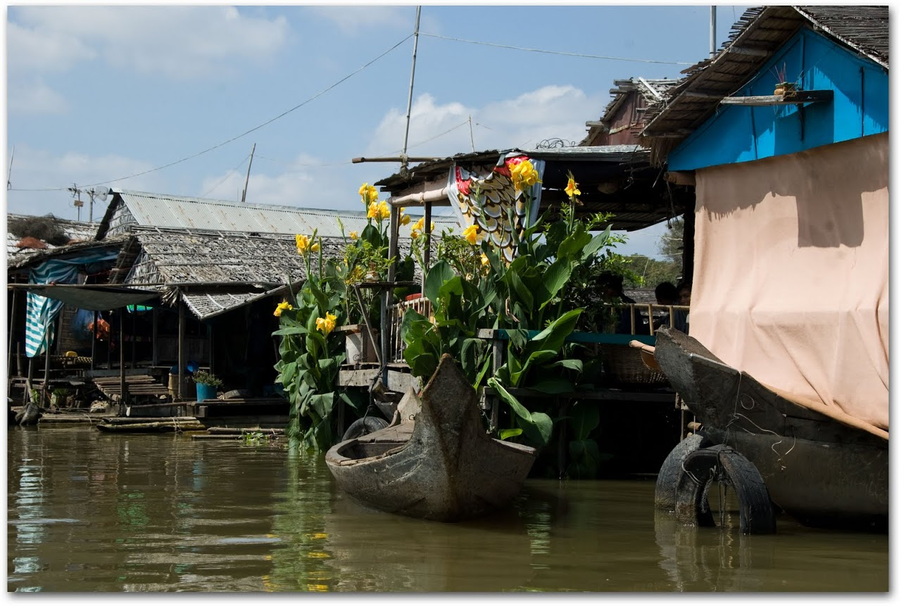 Houseboat in Kompong Chhnang