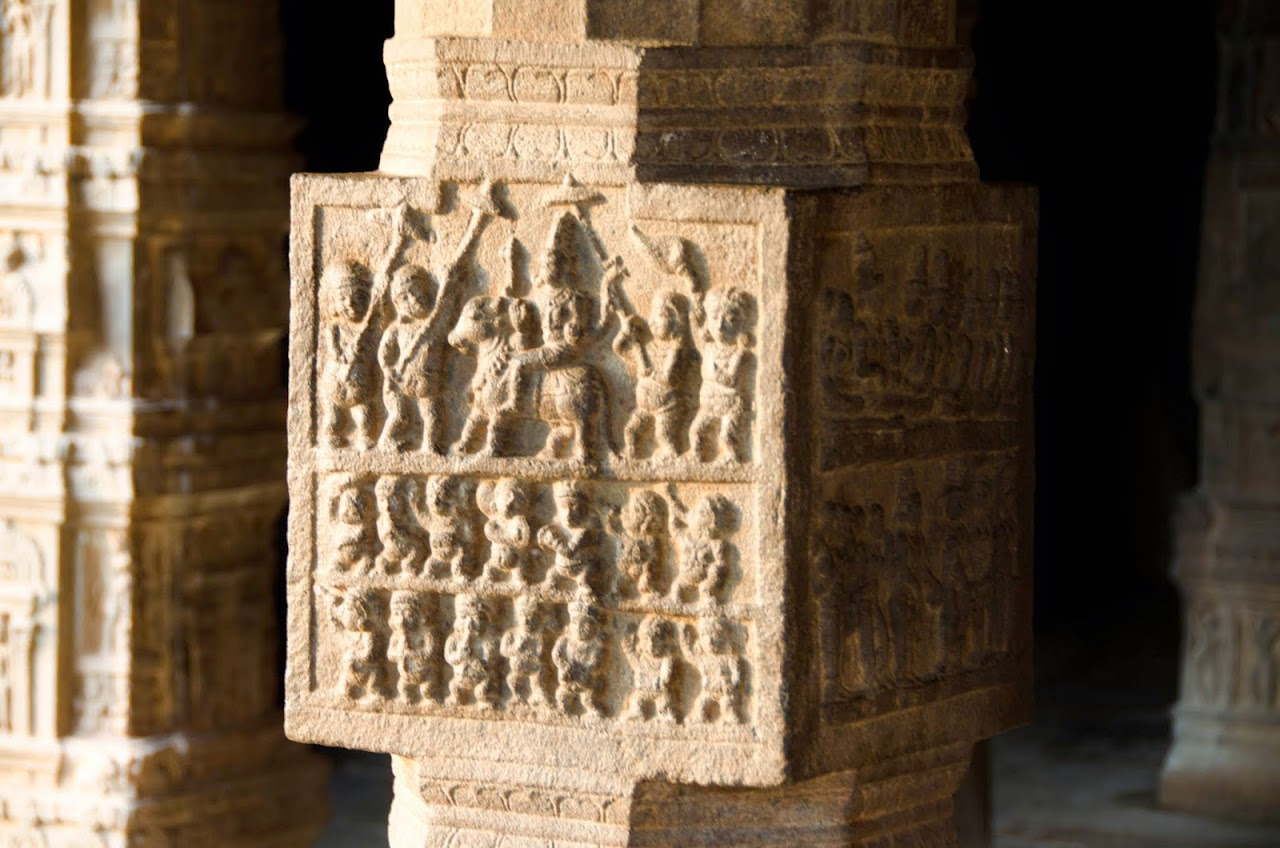 Pillars at Airavadesvara Temple