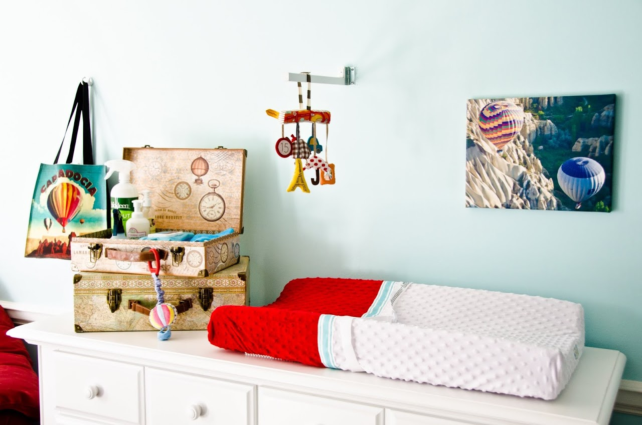 Dresser/changing area in hot air balloon nursery